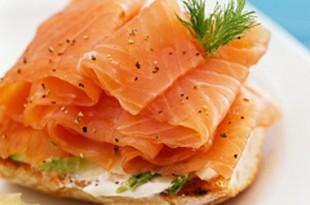 bruschetta con salmone