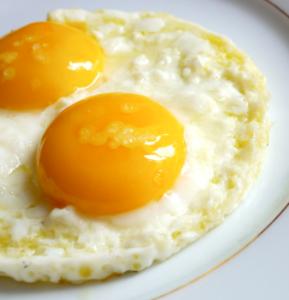uova-fritte a dieta