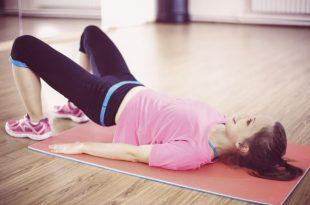 come allenare il pavimento pelvico per allontanare il rischio delle emorroidi