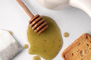 Un incredibile mix energetico tra miele e spirulina
